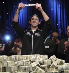 2009 WSOP Main Event champ Joe Cada is calling for Joe McKeehen to win the bracelet this year.
