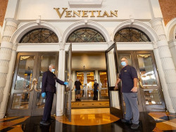 25 percent off suite rates at The Venetian