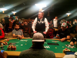 As the money bubble approached at the WSOP Main Event on Thursday night, dealers were told to stand up and hold up.