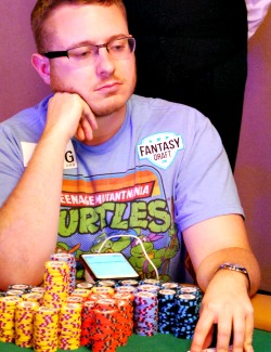 Brian Hastings was the first player in the 2015 WSOP Main Event to get more than 1 million in chips.