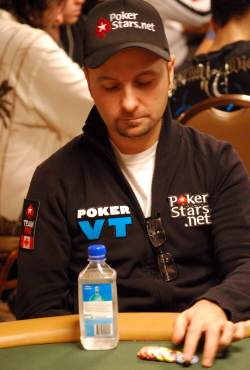 Daniel Negreanu got his money in with the best of it, but busted out when his opponent hit a gut-shot straight on the turn.
