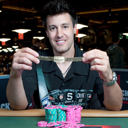 David Warga became the only player in WSOP history to ever win the Casino Employees Championship in addition to an open gold bracelet event.