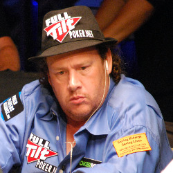 Gavin Smith competed on the main TV table on Day 1B.