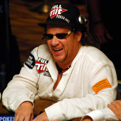 Gavin Smith enjoys a laugh at the ESPN secondary feature table on Day 4.