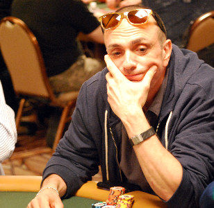 Hank Azaria enters Day 3 with 110,000 in chips.