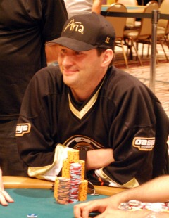Hellmuth smiled a lot on Tuesday.