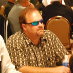 Houston native Garrett Jones was involved in a bizarre hand early in Day 1C.