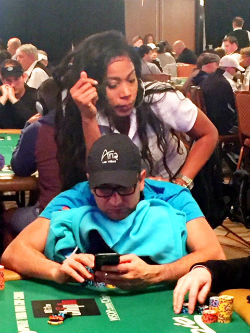 In addition to getting the kinks worked out and checking his phone, Antonio Esfandiari was chipping up on Tuesday night during Day 2 of the WSOP Main Event.