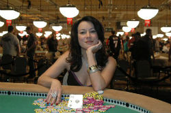 Jennifer Tilly at the 2005 World Series of Poker where she won her only WSOP bracelet.