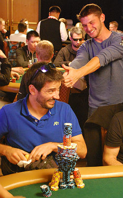 Jonathan Jaffe decides to have some fun with Pablo Rojas, architect of the coolest chip stack in the tournament.