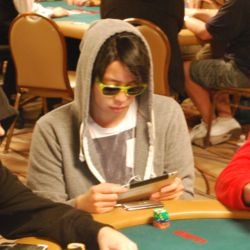 Joseph Cheong had a rough first level, but chipped up and ended the day with 54,000.