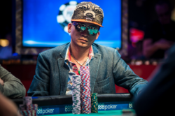 Qui Nguyen during the 2016 WSOP.