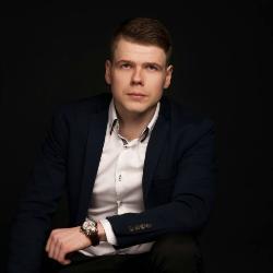Tadas Peckaitis is a professional poker player, author and poker coach.