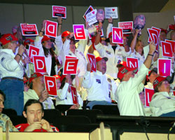 The crowds at the WSOP November Nine have been loud and boisterous over the years.