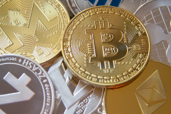 U.S. regulators have kept the cryptocurrency involvement in the gaming community on the back burner for quite some time.
