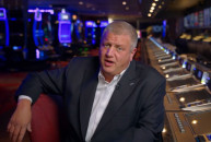 Las Vegas casino owner gives away free flights