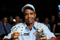 Phil Ivey snares second bracelet at 2009 WSOP