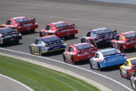 NASCAR extends Champions Week run in Las Vegas
